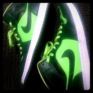 Authentic Air Jordan Retro 1 Nike